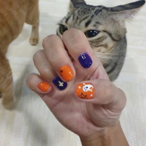 ハロウィン猫ネイル