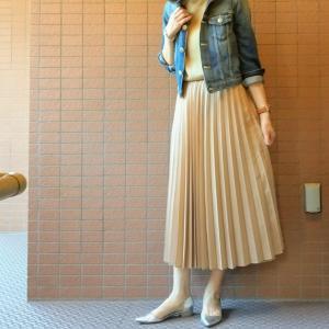 ユニクロのプリーツスカートにGジャンで【アラフィフコーデ】