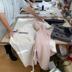 別珍で小さくてもきちんとした服★秋物カーディガンも作り始めた