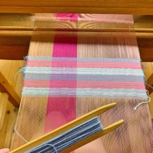 織物体験してみたよ★好きな色をはた織り★完成品も見せるね