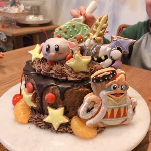 次男のお誕生日♡星のカーヴィーのチョコドリップケーキ