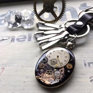 リアル時計パーツのカラビナ