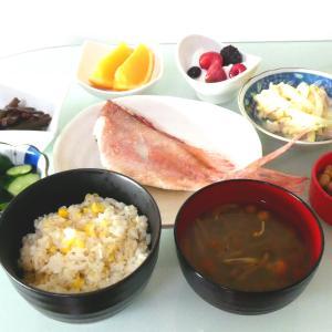 焼き魚朝食