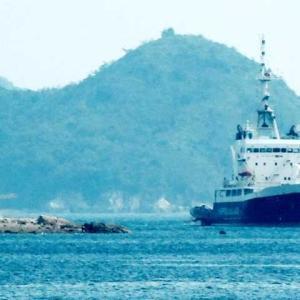 座礁船クリムゾンポラリス(CRIMSON POLARIS)随行 救助船「航洋丸」八戸市から来訪