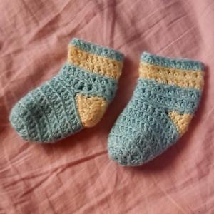 ベビー靴下編んでみました!
