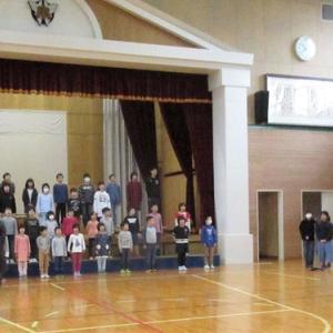 今年も全校で民謡を歌います。