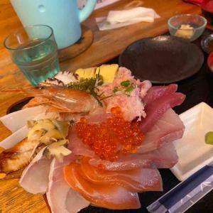 海鮮丼と幸福度