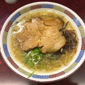愛知県稲沢市にある『豚珍軒』でまずは普通の博多ラーメン食べて来ました。