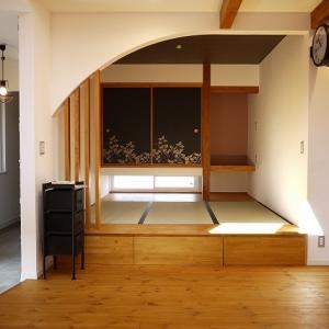 【実例写真・その1】黒インテリアの格好いい和室