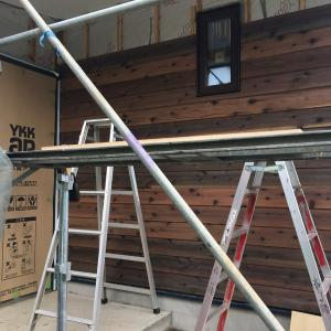 「ウッドロングエコ」を塗った八溝杉の玄関