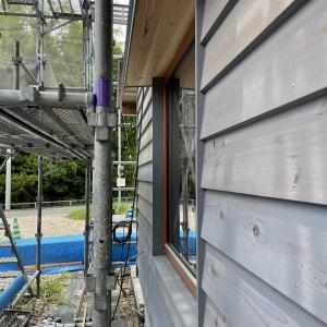 【UA値0.28 自然素材の家】国産材を使った木の外壁