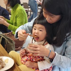 離乳食&幼児食体験レッスンでいつもは野菜を食べない赤ちゃんがモリモリ食べる♡その秘密は…?!