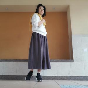 2色目を買い足し!ラクチンx上品UNIQLOギャザースカート