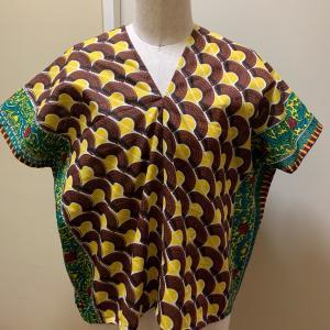 アフリカ布でカレンシャツ③とバンブーハンドルバック