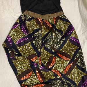 出来た(^^)最後の1着。アフリカ布のパンツ