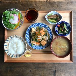 厚揚げ豆腐とゴーヤのチャンプルー定食 #今日の社員食堂 #2月20日