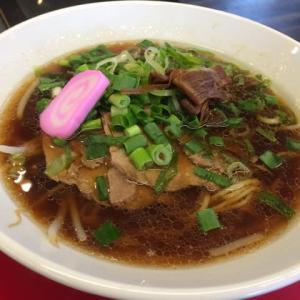 豚骨醤油と醤油ラーメン@令和軒 三木市