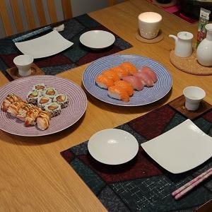 金曜晩ごはんはお寿司♪