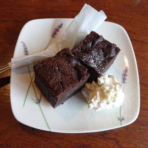 飯坂温泉街のカフェでケーキ&アイス!「オンカフェ (oncafe)」(福島/カフェ)