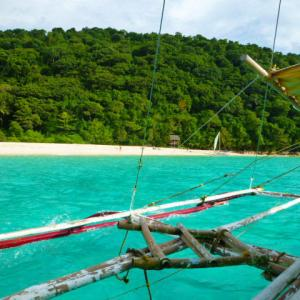 コロナ陽性のフィリピーナが週末にボラカイ島に滞在?