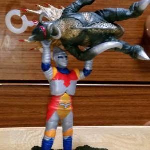 電子ロボット ジェット・ジャガー+サイボーグ怪獣ガイガン1973 ノックアウトver.