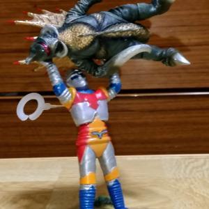 電子ロボット ジェット・ジャガー+サイボーグ怪獣ガイガン1973 ノックアウトver.【再販版】