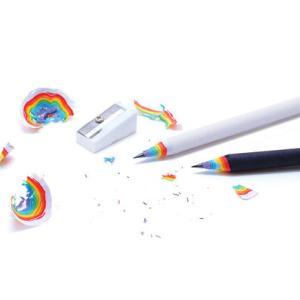 使えば使うほどハッピーになるレインボー鉛筆