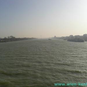 ドナウ河の本流と新ドナウ