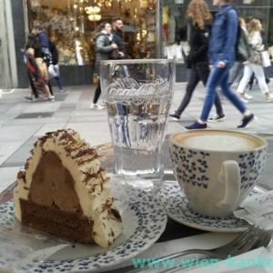 """ハイナーの栗のケーキ """"Kastanien Schnitte"""""""