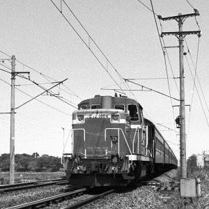 北陸本線 DD50 DE10