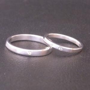 永遠の絆の象徴ダイヤモンド! シンプルなペアリング!