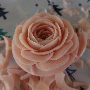 きょうはバラ。