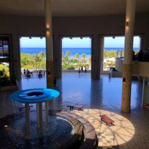 涼しいレストランで絶景ランチはここでしょ/ Ocean View Lunch @ Toh-Lee in Hotel Nikko GUAM