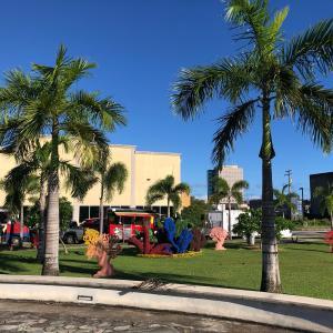 今週のグアムのアガニャフードトラックナイト、新着トラック2台/ More Food Trucks in Agana, Guam