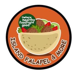 チャモロビレッジにあるアイランドファラフェルからテイクアウトディナー/ Takeout Dinner from Island Falafel in Chamorro Village