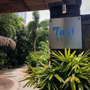 水着でもOKのタシグリルでランチ/  Lunch @ Tasi Grill in Dusit Thani Guam