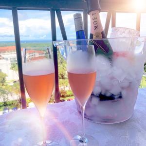 サーフ&ターフのバルコニーランチ/ Surf & Turf Sunday Balcony Lunch