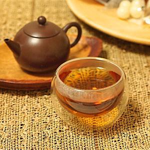 ワクワクする量り売りのお菓子&トン族の紅茶
