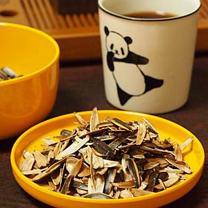 プーアル小磚茶&ヒマワリの種