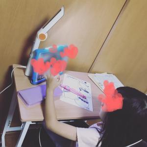 【小1娘】オンライン授業がスタート!