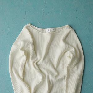 40代ファッション|スッキリ&着やせするシンプルなオススメ!ニット
