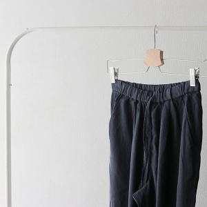 40代ファッション|無印で見つけた!美脚パンツ