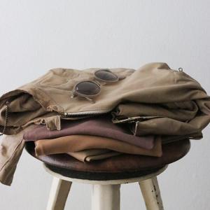 40代ファッション|秋の人気カラー、ブラウンアイテムどこに取り入れる?