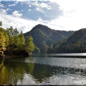 秋の定山渓ダム