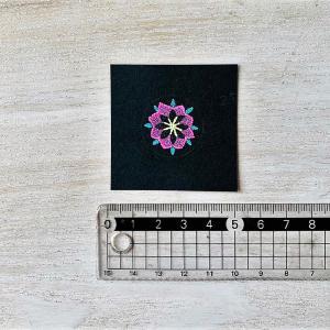 宙を奏でる点描曼荼羅画に広がる宇宙に癒される 点々会8月
