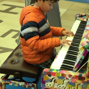 あべのハルカスのストリートピアノを弾き逃げ