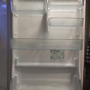 【掃除】冷蔵庫のドアポケットの整理と掃除