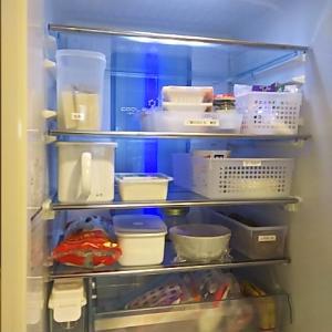 【掃除】冷蔵庫の中と外の拭き掃除