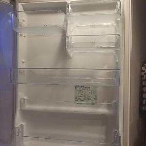 【掃除】【収納】冷蔵庫ドア裏掃除と立てられるチューブのしょうが