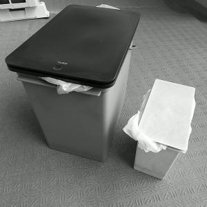 【掃除】ごみ箱を拭く&ベランダ大掃除
